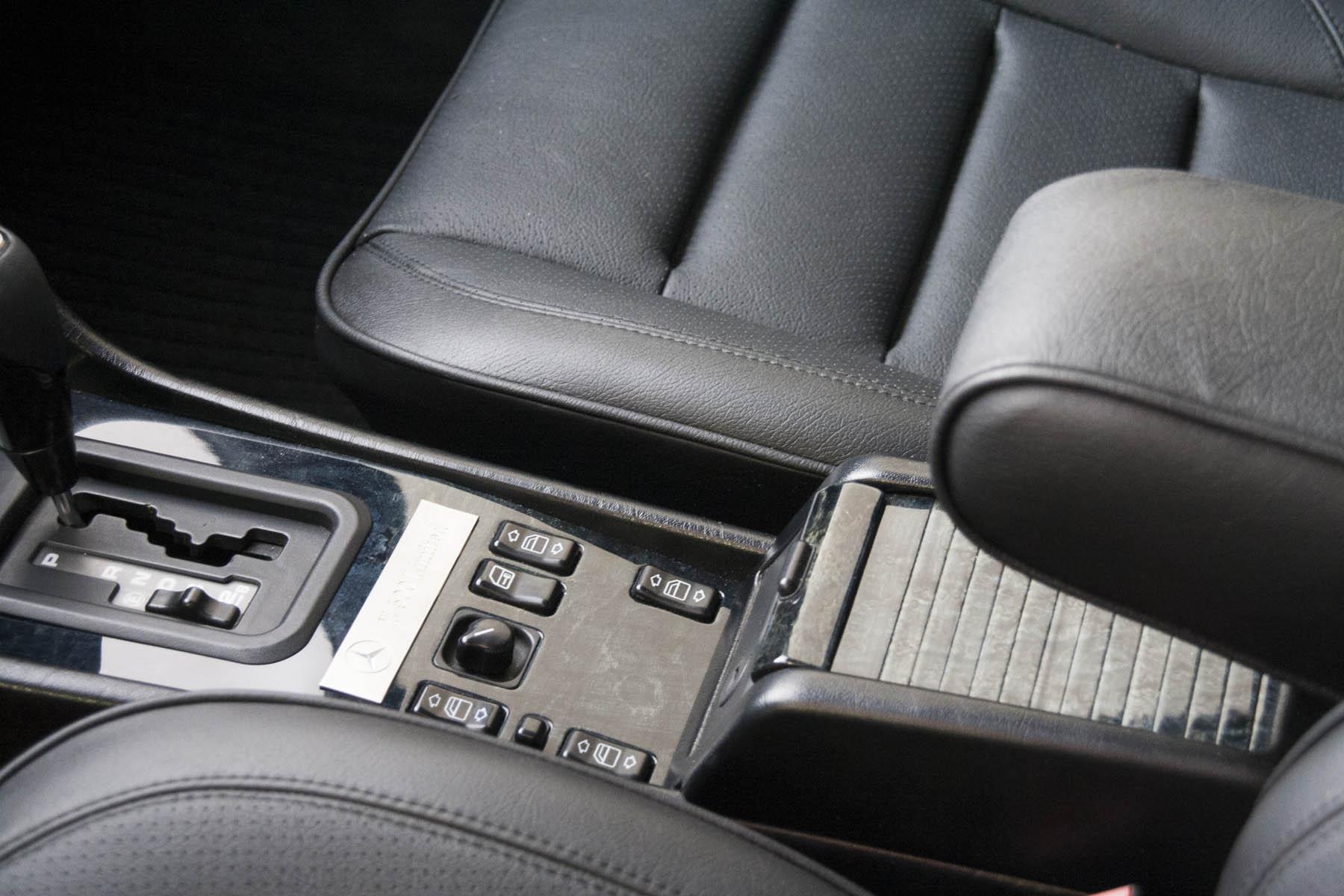 11 Mercedes E60 AMG