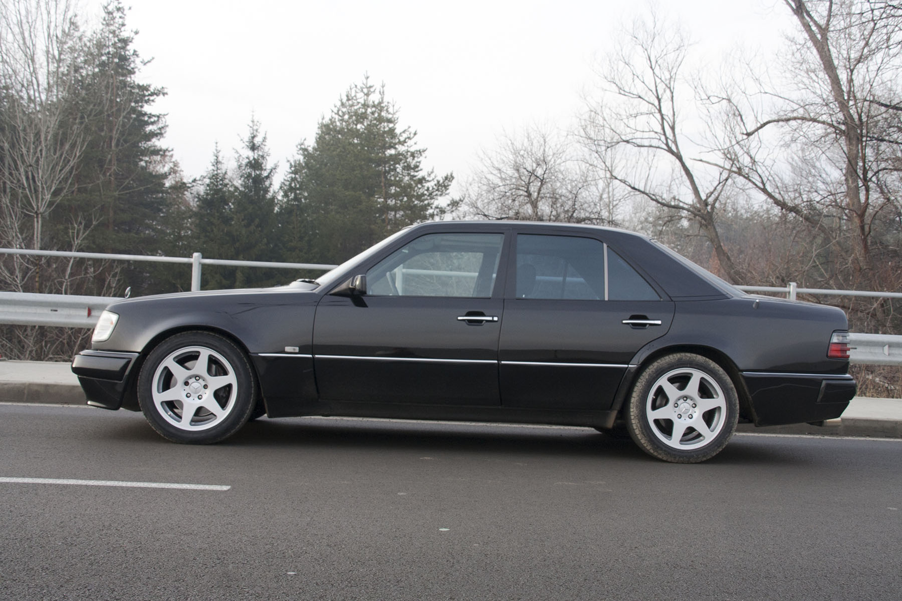 40 Mercedes E60 AMG