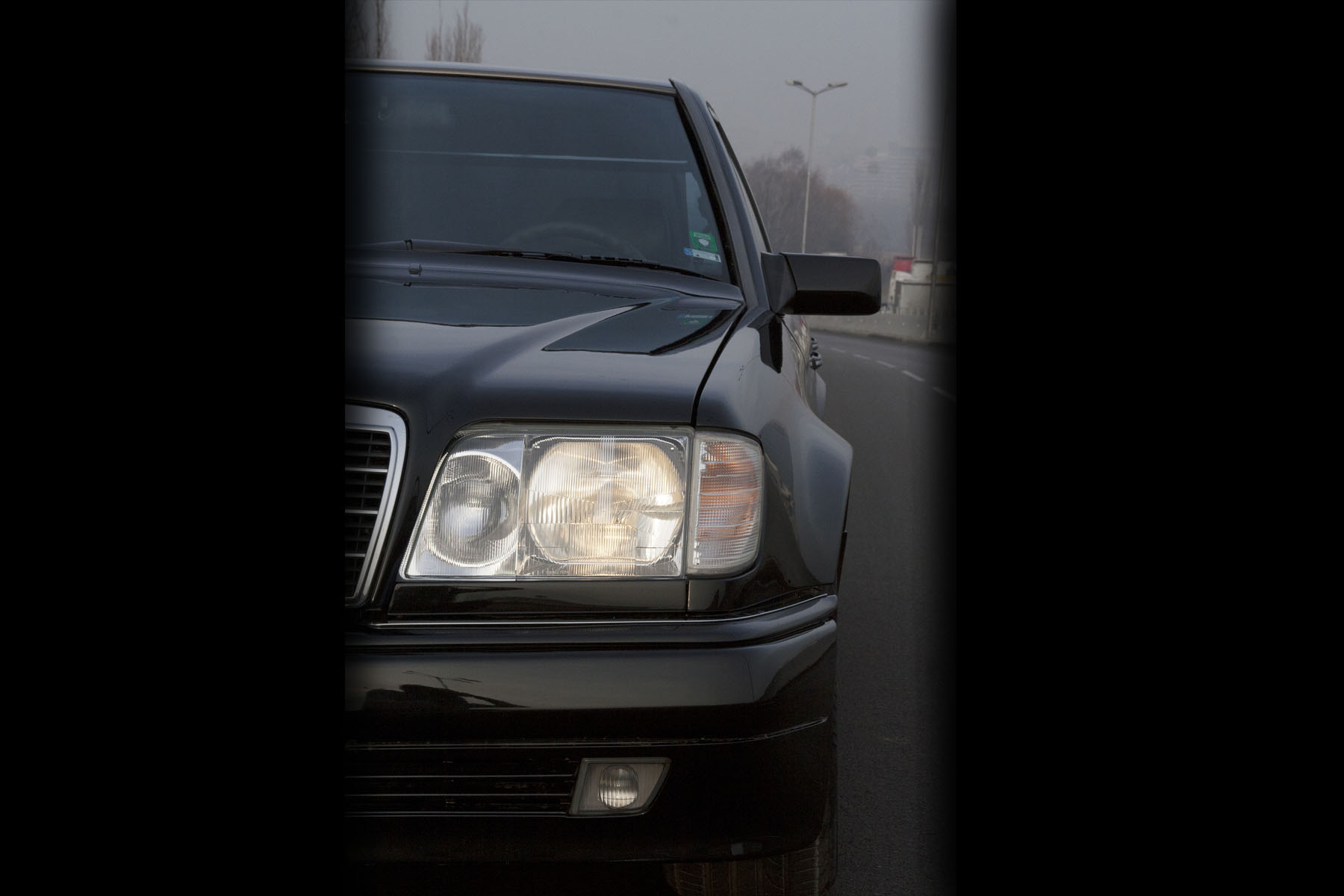 42 Mercedes E60 AMG