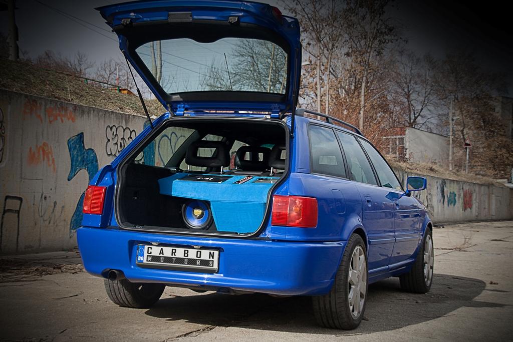 05 Audi RS 2 replica