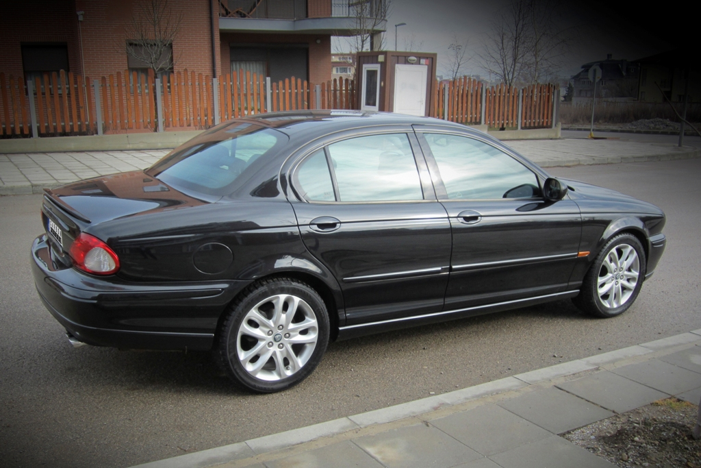 05 Jaguar X-Type