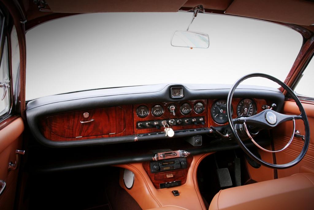 Jaguar 420 32