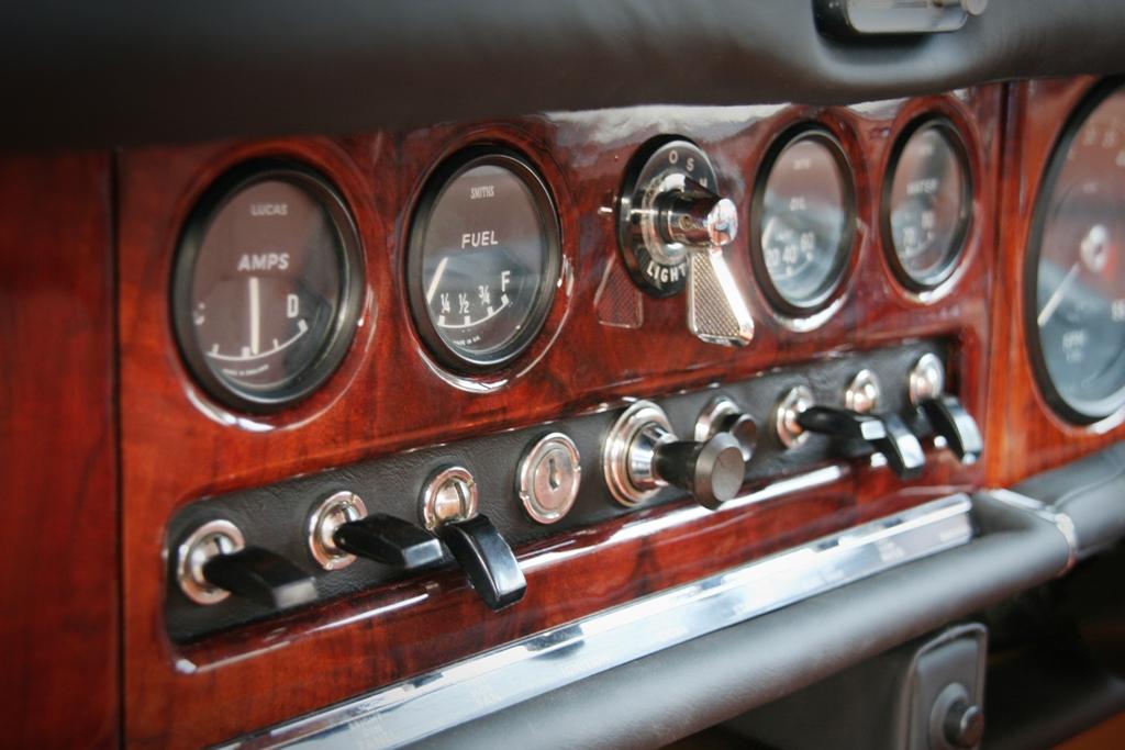 Jaguar 420 17 art