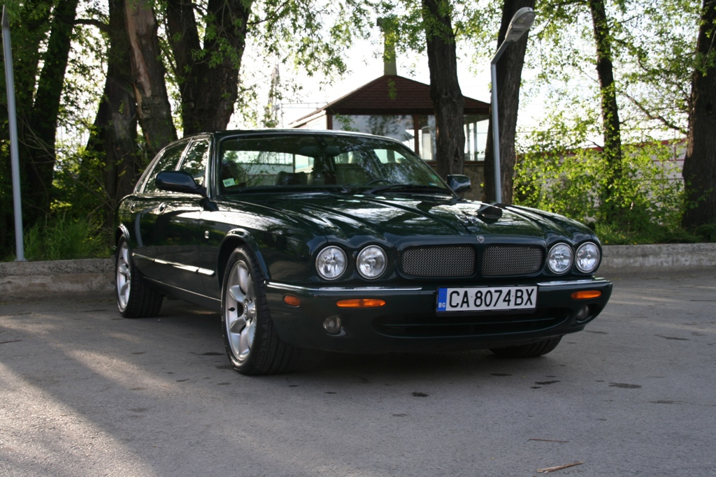 jaguar xjr sold 03