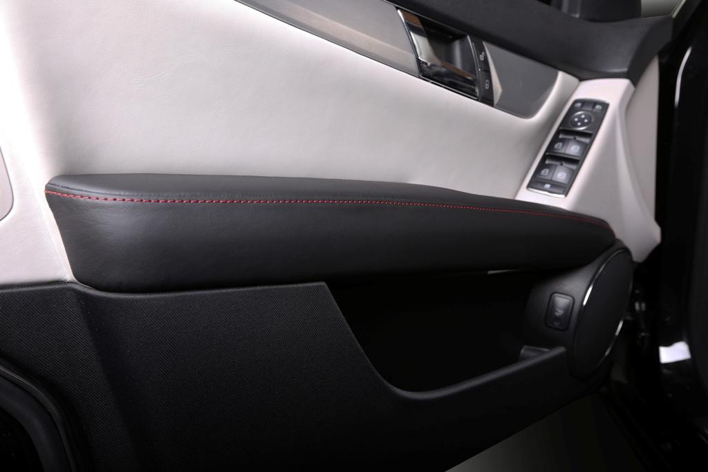 Mercedes C-class W204 10