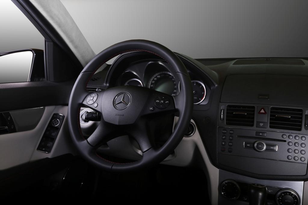 Mercedes C-class W204 20