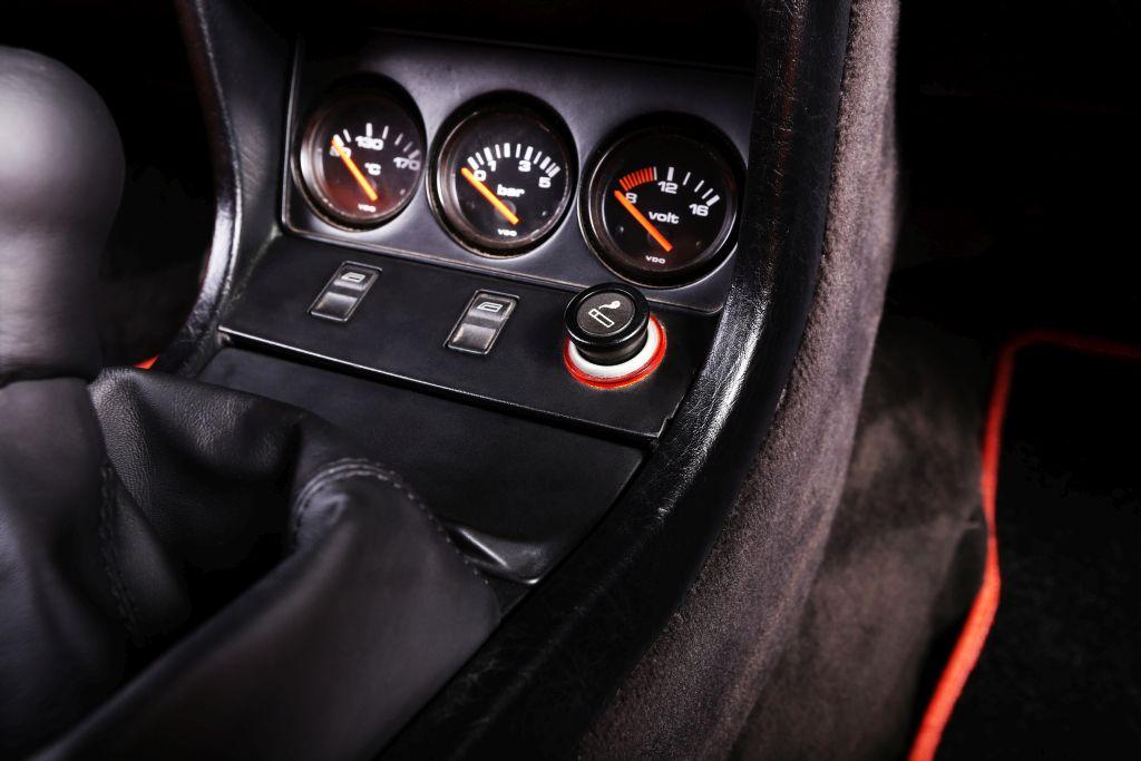 Audi B2 Coupe restomod by Carbon Motors image 10