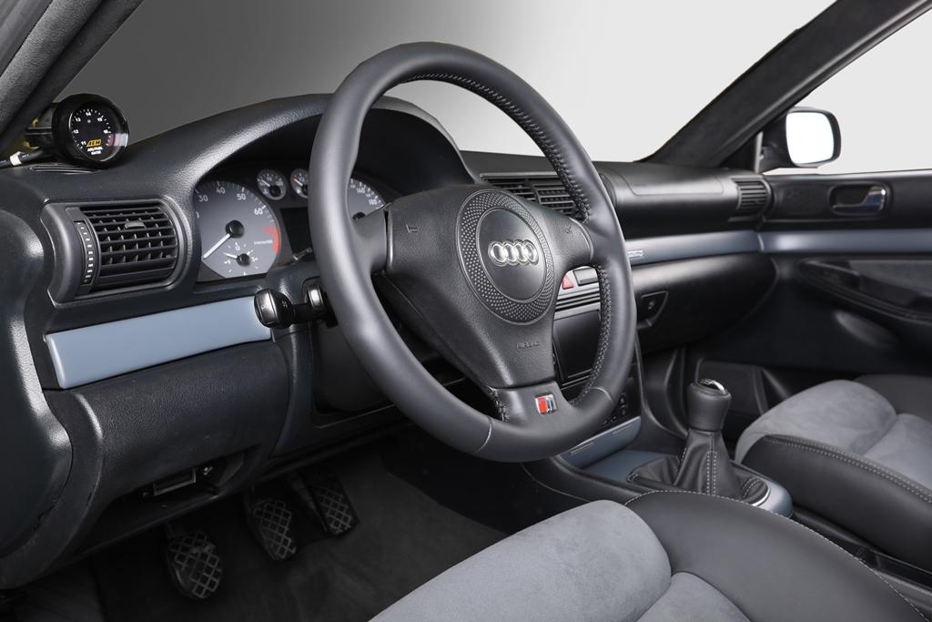 Audi rs4 b5 05