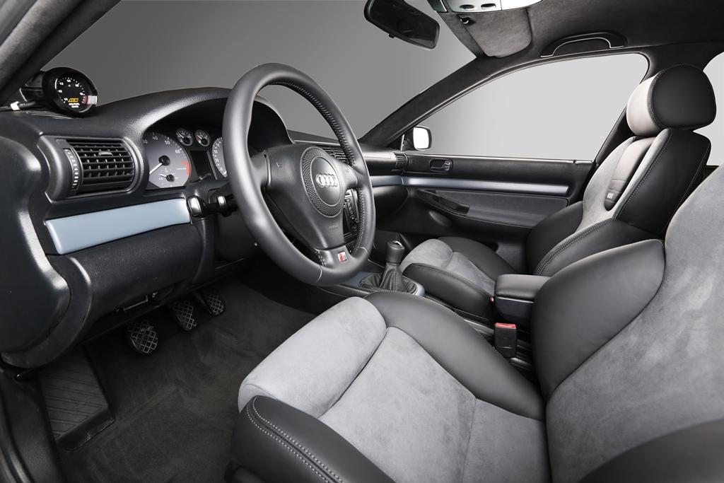 Audi rs4 b5 06