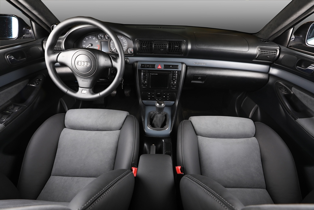 Audi rs4 b5 11