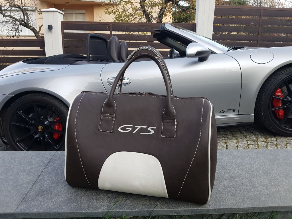 Porsche duffel bag 05